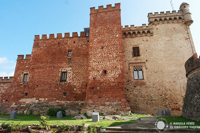 El Castillo Castelldefels desde los jardines