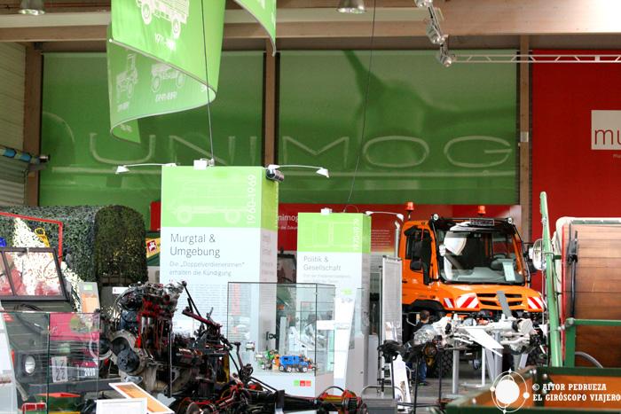 Exposición de vehículos Unimog en el museo