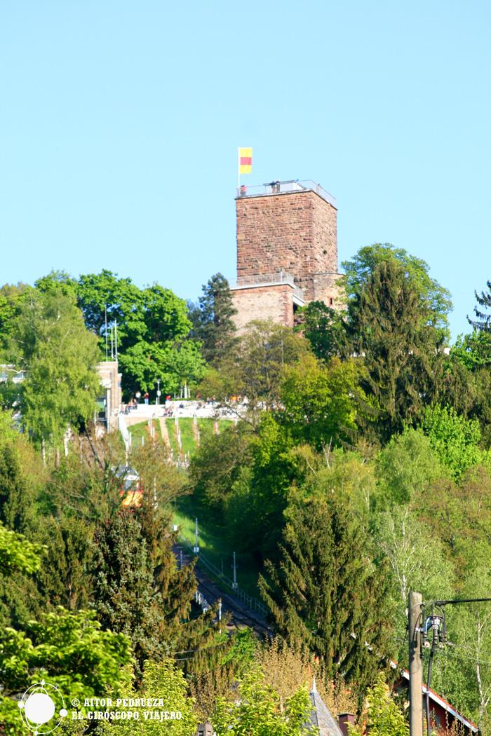 La Torre en lo alto de la cocila Turmberg en Durlach