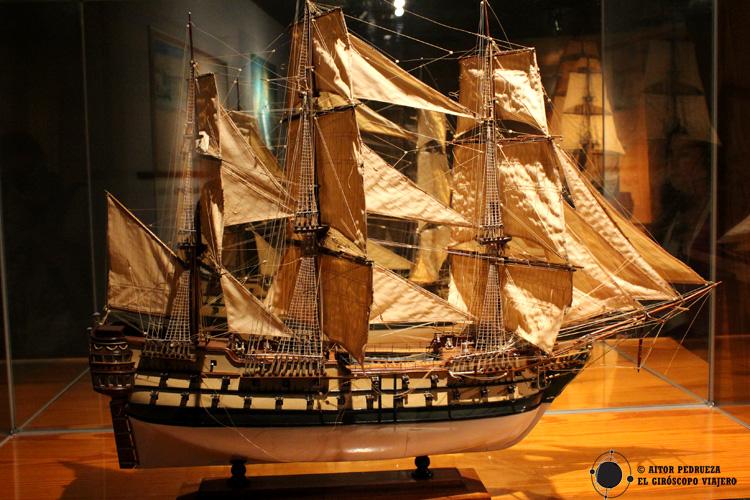 Maqueta en el interior del Museo Marítimo de Bilbao