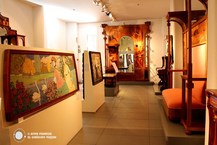 Salas en el interior del Museo del Modernismo de Barcelona