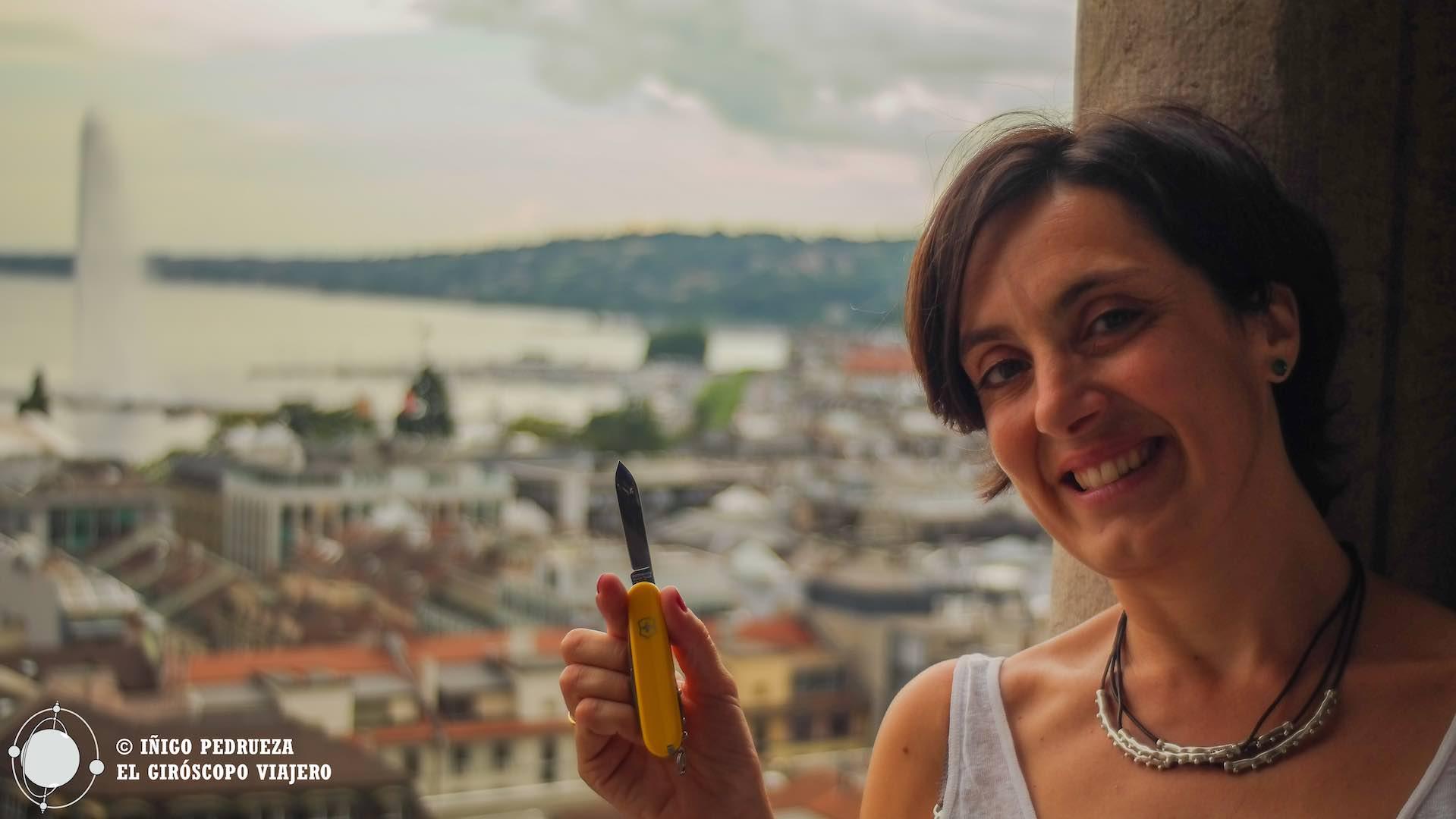 Montando una navaja suiza en ginebra for Oficina de turismo de suiza en madrid