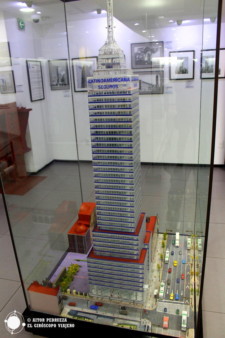 Maqueta de la torre en el Museo del Sitio
