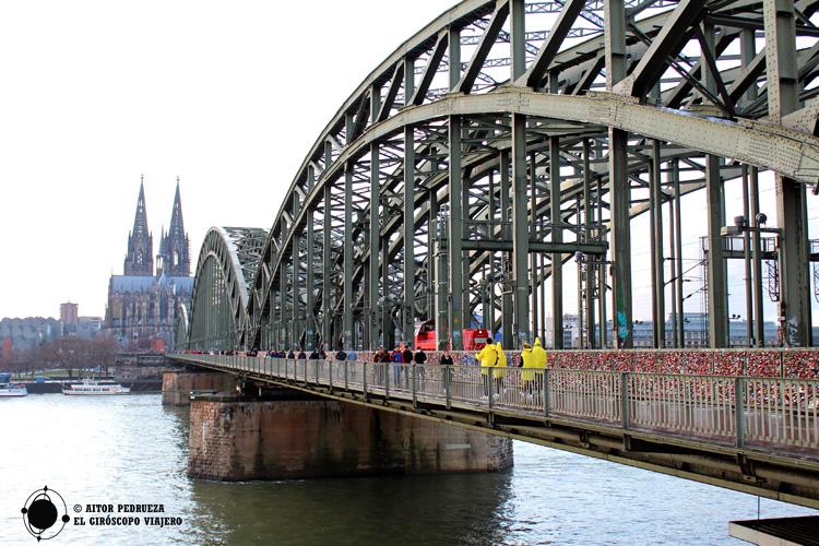 Puente Hohenzollern en Colonia
