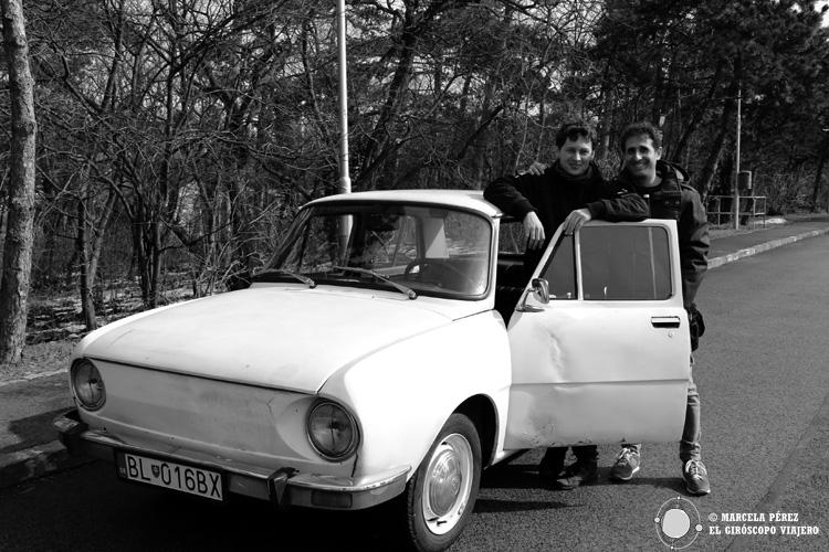 Nuestro tour con el Skoda clásico por Bratislava