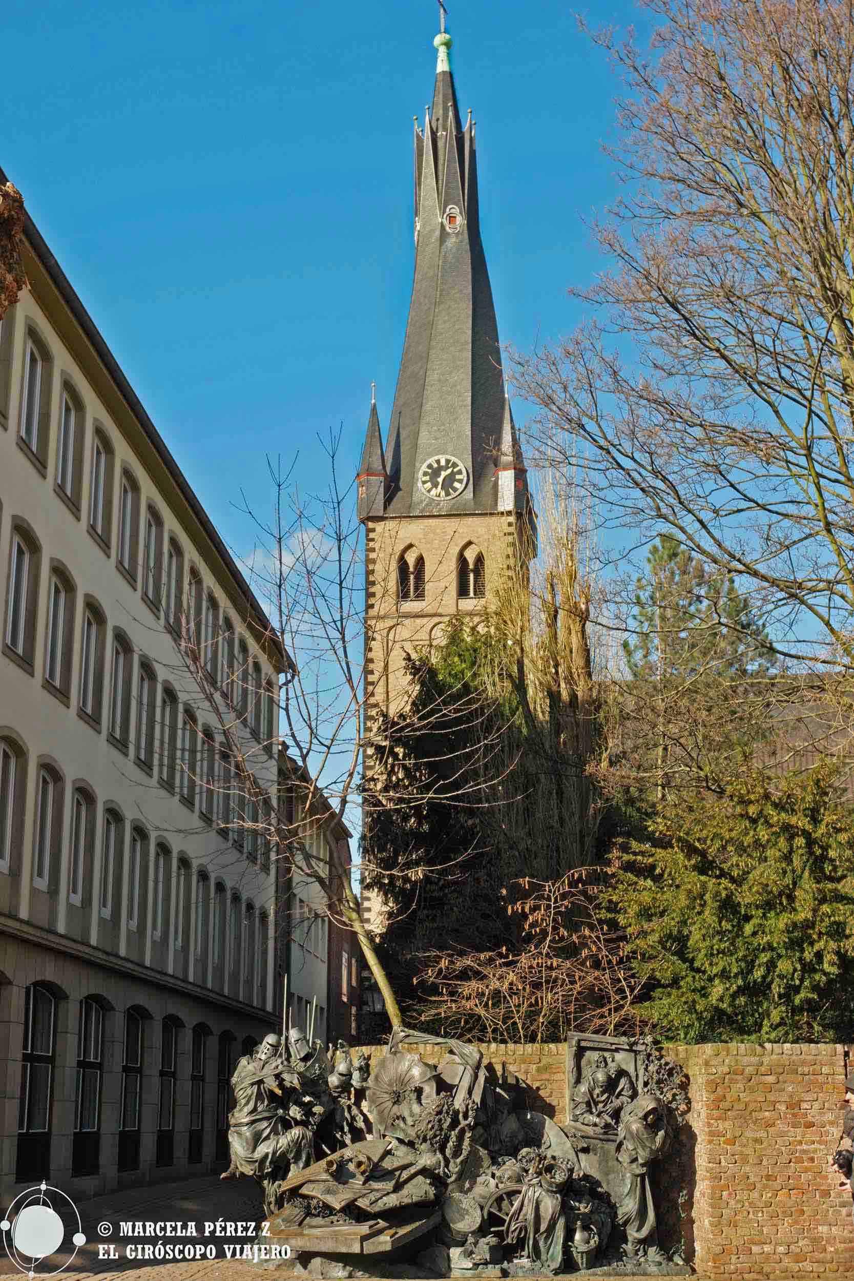 La torre de San Lamberto y y el Stadterhebungsmonument ©Marcela Pérez Z