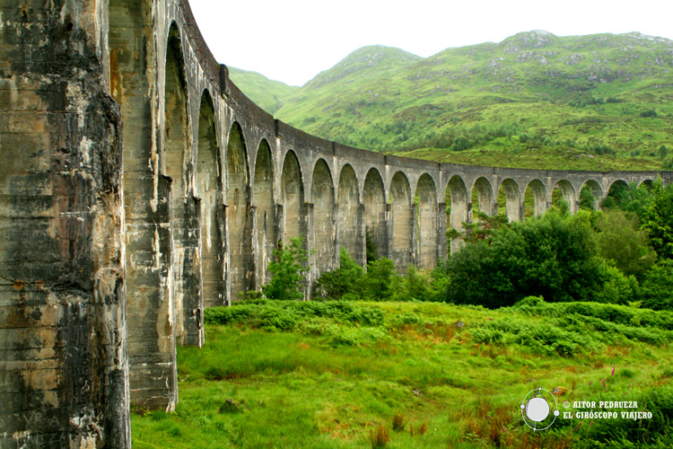 Viaducto de Glenfinnan cerca de Fort William