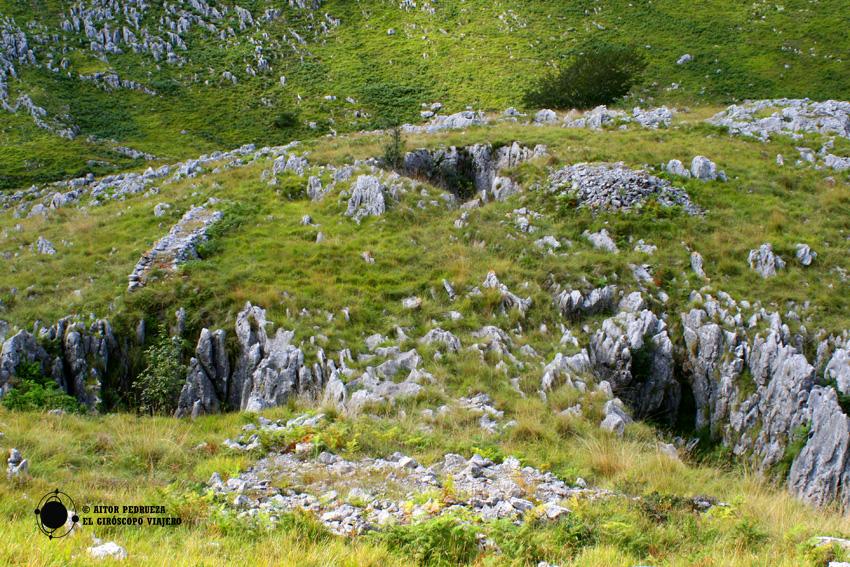 Minas a cielo abierto en la hoya de Turos de Candina