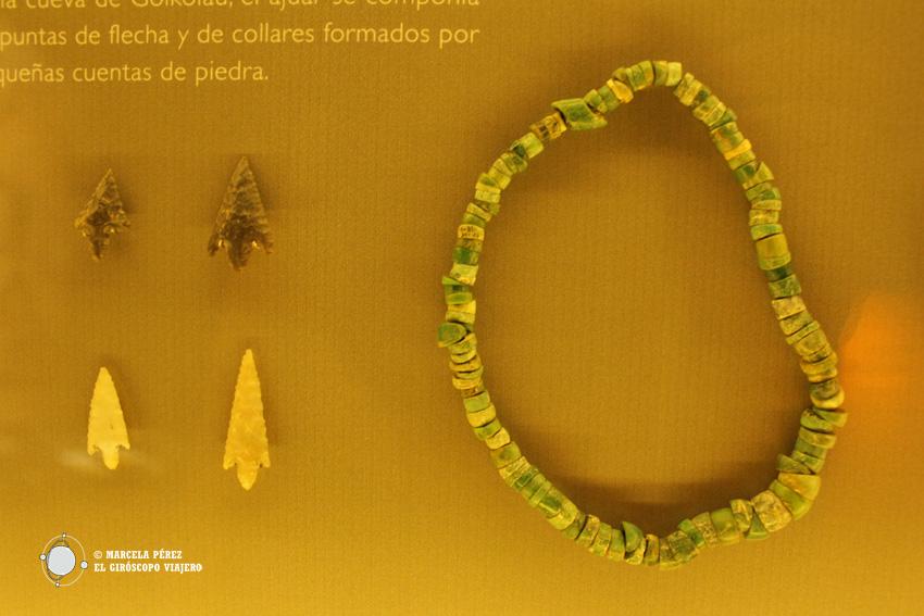 Collar de variscita en el museo arqueológico de Bilbao