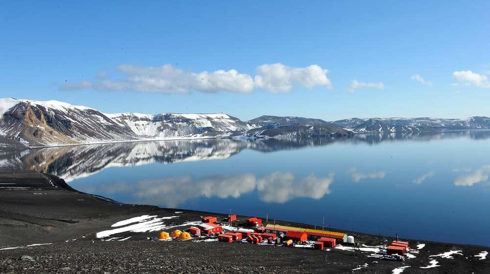 Base española en Isla Decepción en la Antártida