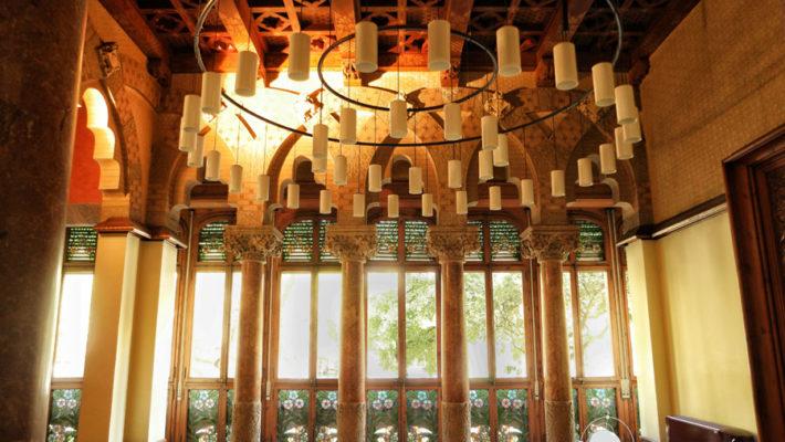 Visita al Palau modernista Baro de Quadras en Barcelona