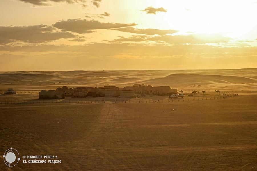Atardecer en el desierto de Túnez
