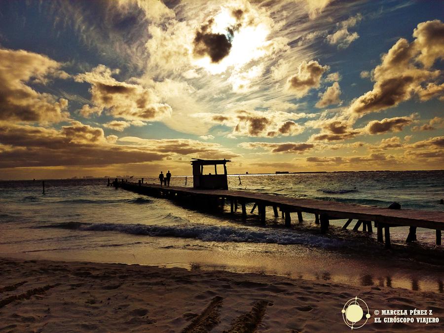 En Isla Mujeres el sol encuentra un precioso refugio para dormir plácidamente ©Marcela Pérez Z.