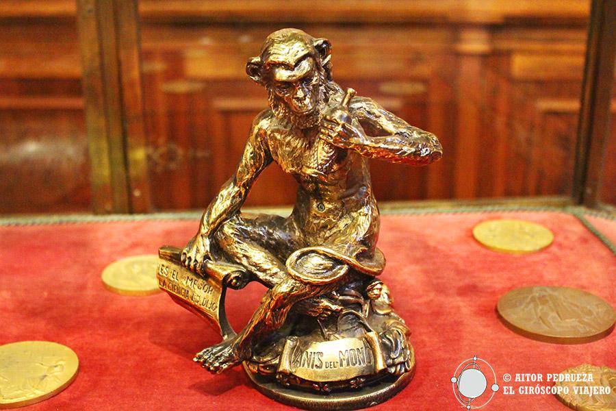 El famoso mono que da nombre al anís más famosos del mundo
