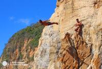 El espectáculo de los clavadistas de Acapulco en la Quebrada