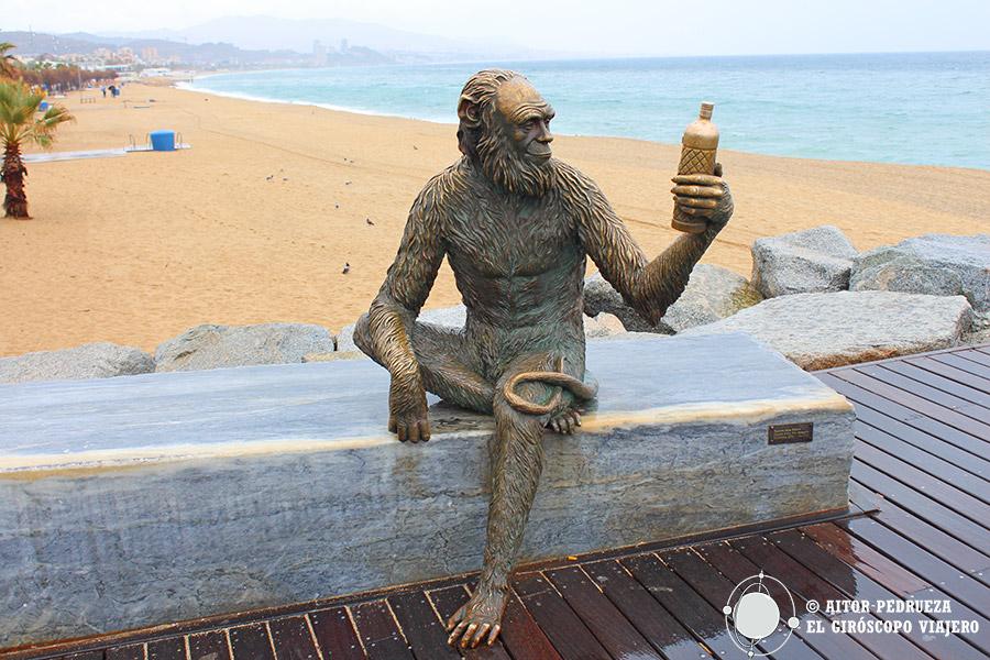 Estatua de Anís del Mono en Badalona