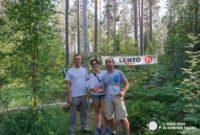 Jugando a orientarse por los bosques de Finlandia
