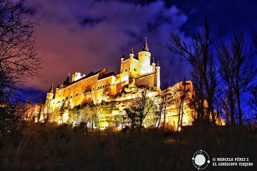 Alcázar de Segovia de noche