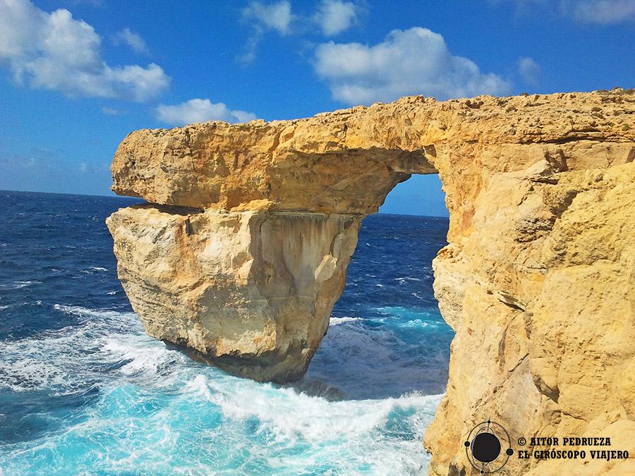 Antiguo arco ya desaparecido del Azure Window en Malta