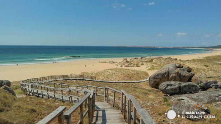 La playa de Vilar en el Parque Natural de las Dunas de Corrubedo, un paraíso en Galicia