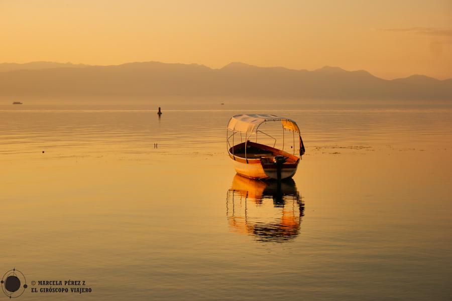Un último atardecer dorado nos regala la ciudad de Ohrid antes de partir ©Marcela Pérez Z.