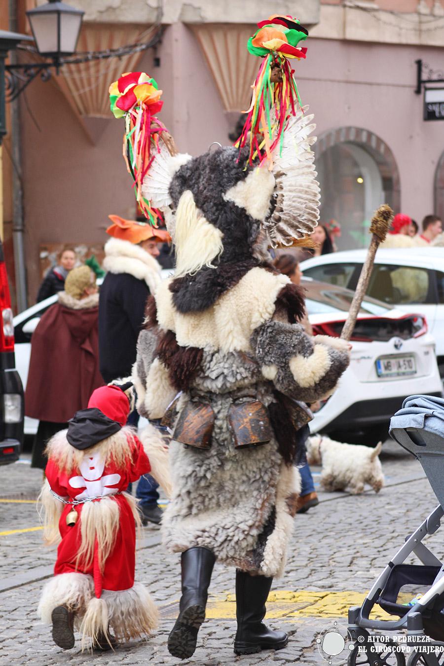 Los Kurent se van hasta el carnaval del año próximo