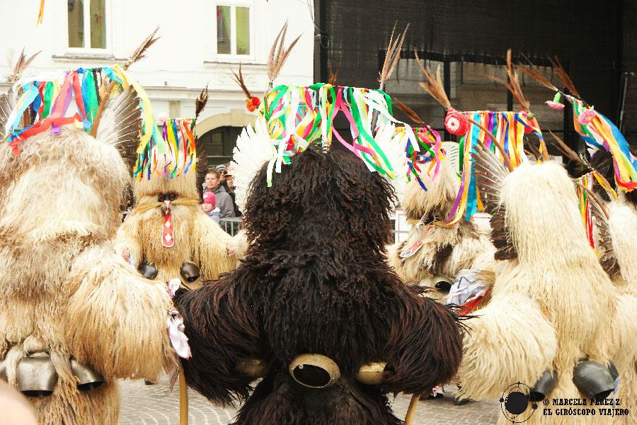 Kurents en pleno ritual durante el Carnaval de Ptuj ©Marcela Pérez Z.