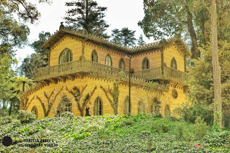 Entorno mágico donde está apostado el Chalet de la Condesa Edla ©Marcela Pérez Z.