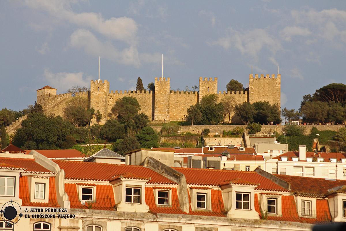 Castillo de San Jorge desde el Barrio Alto