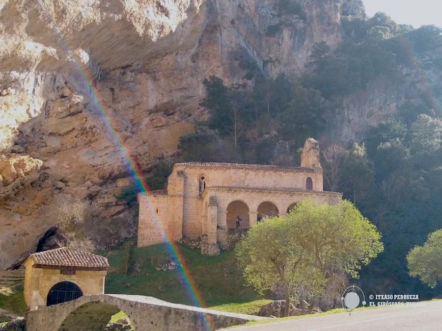 Ermita de Santa María de la Hoz en Tobera a las afueras de Frías