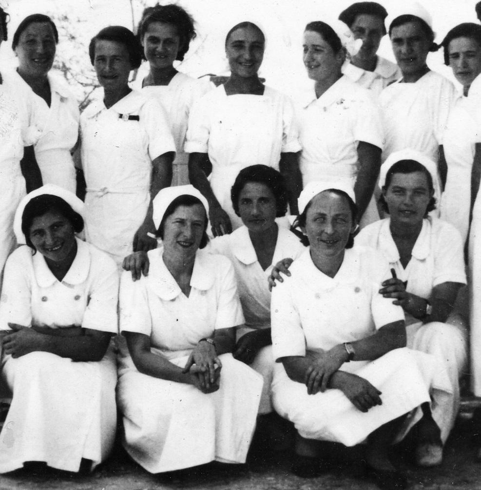 """""""Mamás Belgas"""". Enfermeras voluntarias en la guerra civil española."""
