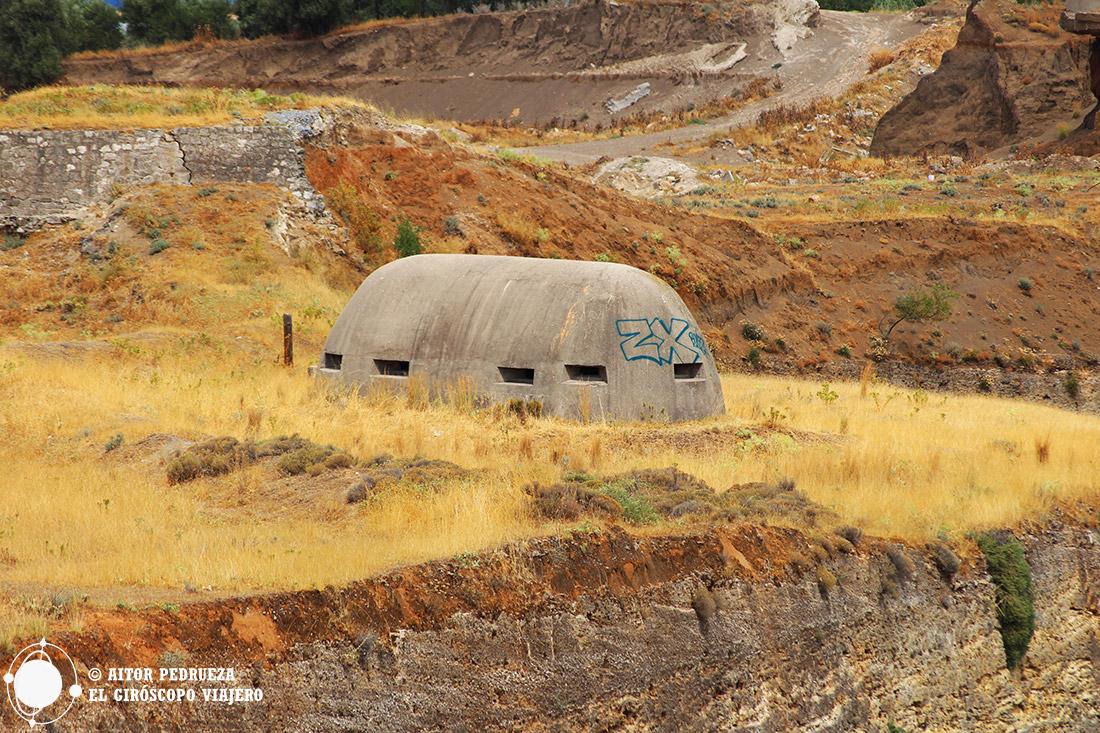Bunkers alemanes junto al canal de Corinto