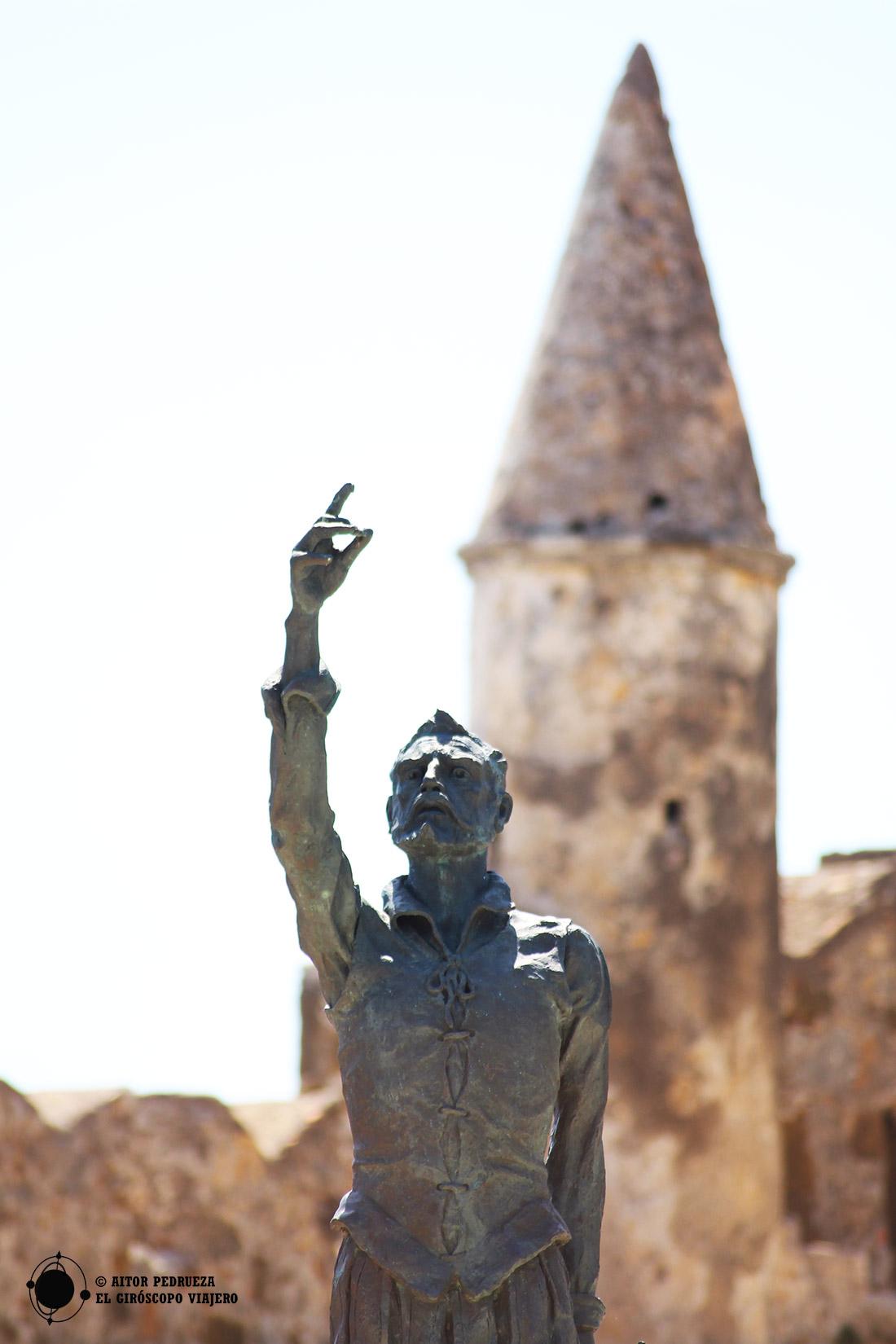 Estatua de Miguel de Cervantes en Lepanto