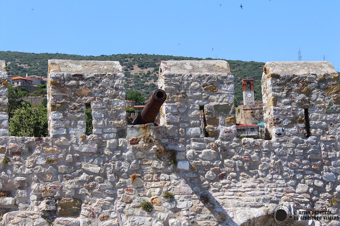 Murallas venecianas en el puerto de Lepanto
