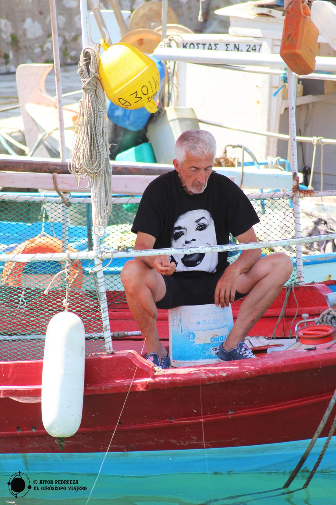 Pesca sosegada en el puerto de Lepanto