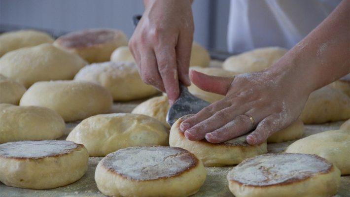 Una deliciosa especialidad de la cocina de São Miguel de Azores: el bolo lêvedo