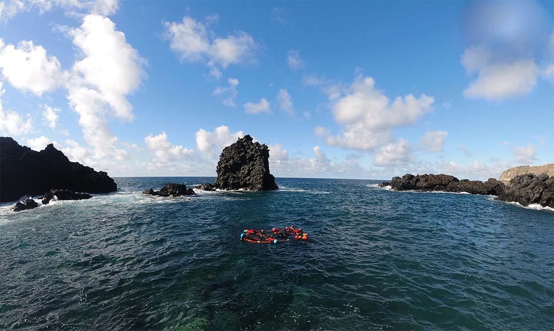 Relax después de los intensos saltos del Coasteering