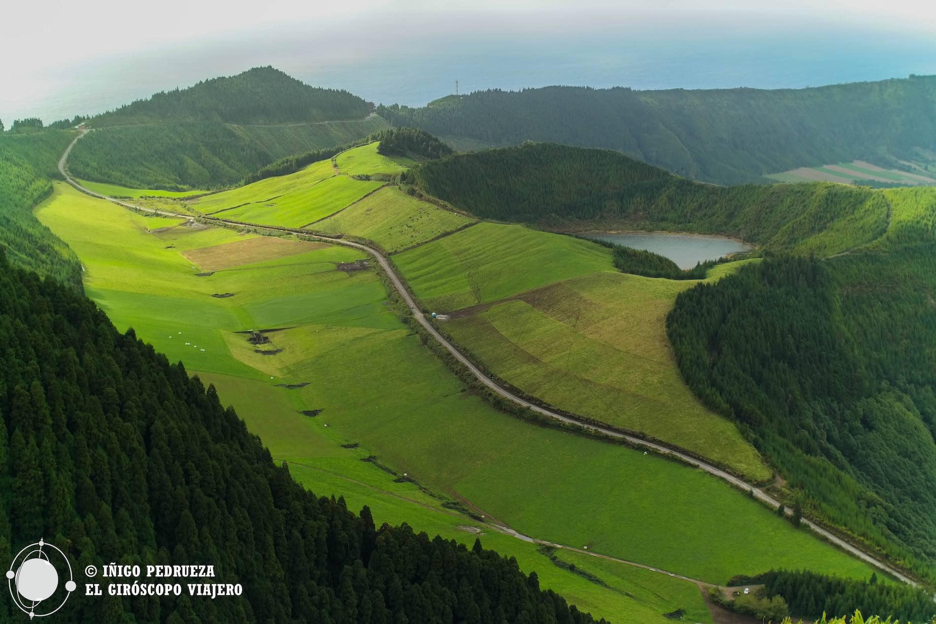 El archipiélago de las Azores está lleno de paisajes únicos, como la caldera del volcán de Sete Cidades. ©Iñigo Pedrueza.