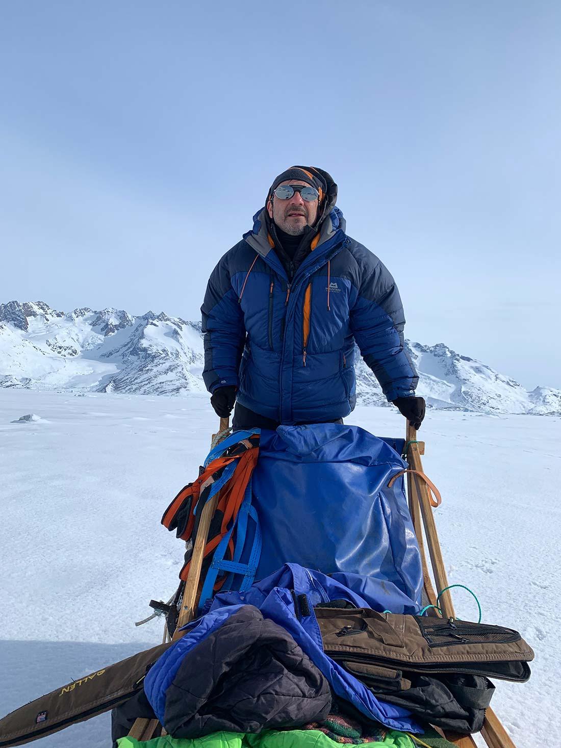Conduciendo un trineo de perros. Groenlandia (2019). Foto de Maria Jover