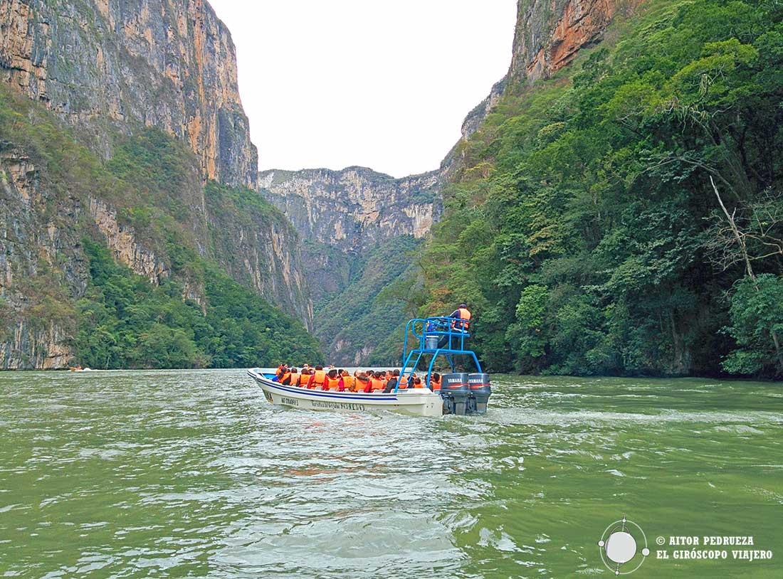 Excursión en barco por el Parque Nacional delCañón del Sumidero