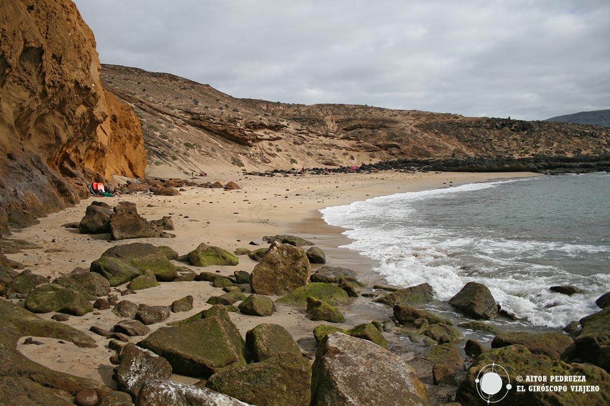 Playa Montaña Amarilla en la Isla de La Graciosa
