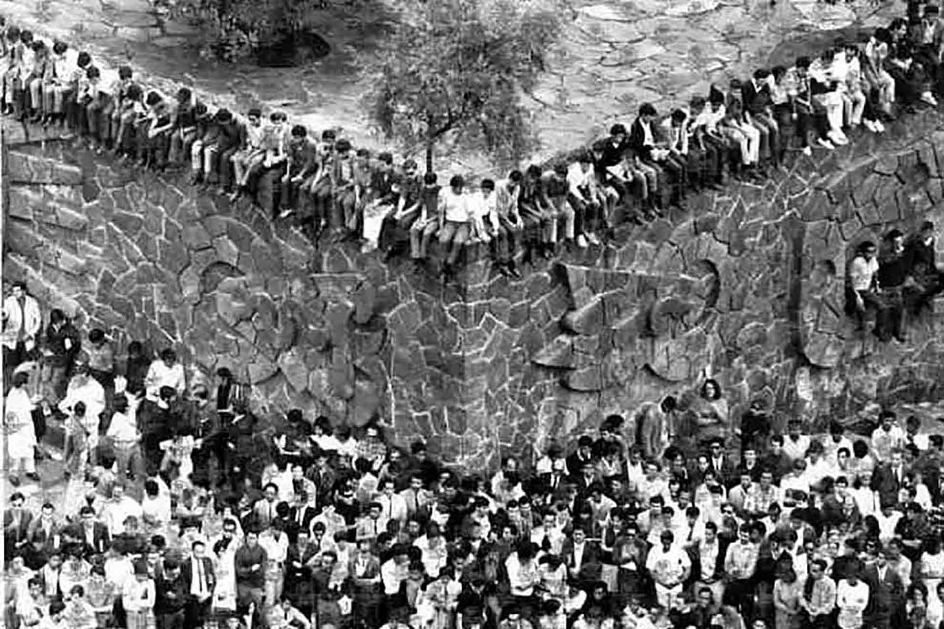 Reunión de estudiantes en Tlatelolco para protestar contra el gobierno en 1968