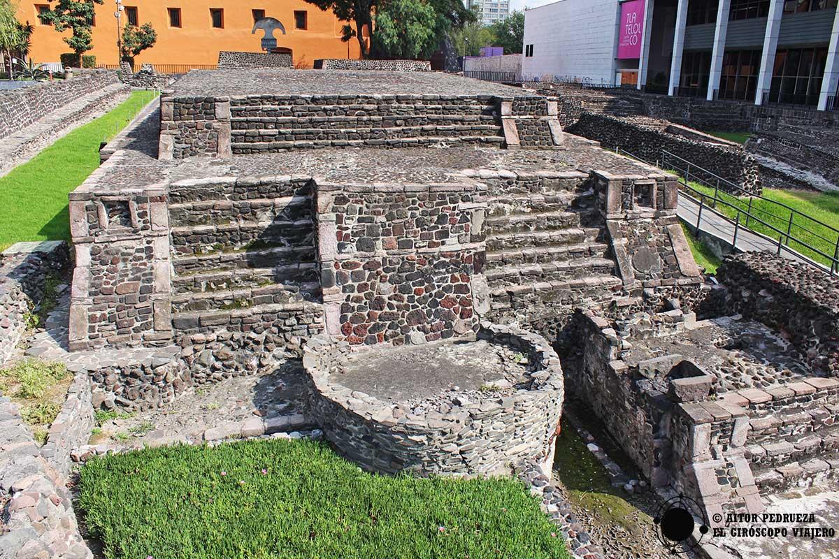 """Templo """"M"""" o Calendárico"""