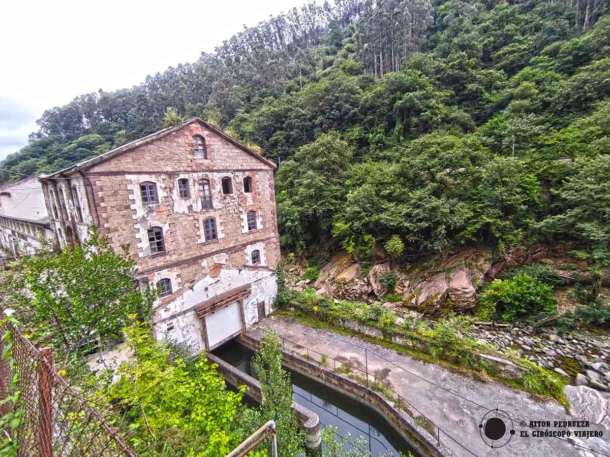 La Fábrica de sacos de yute de Las Caldas de Besaya (Riocorvo)