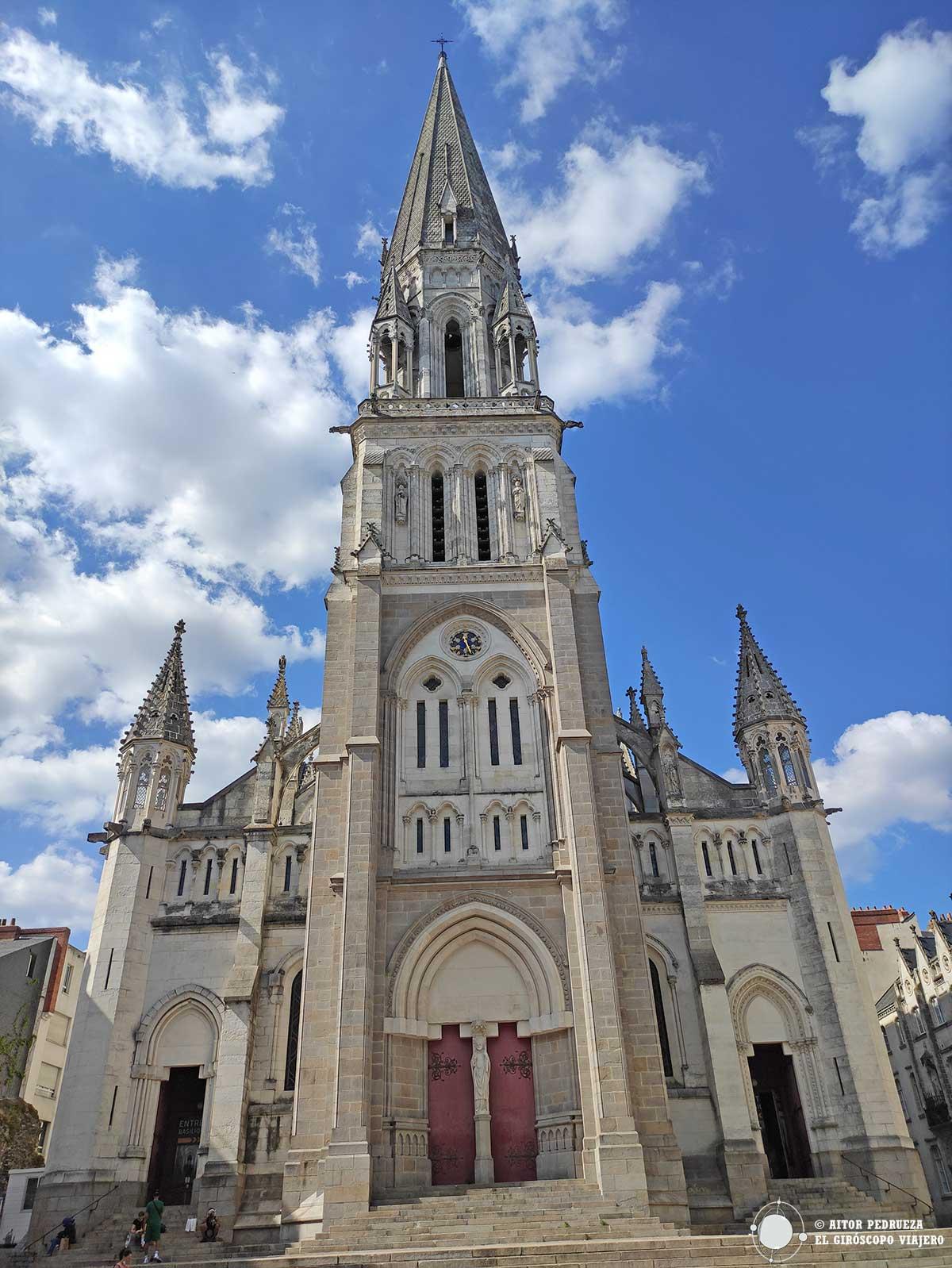Basílica neogótica de San Nicolás