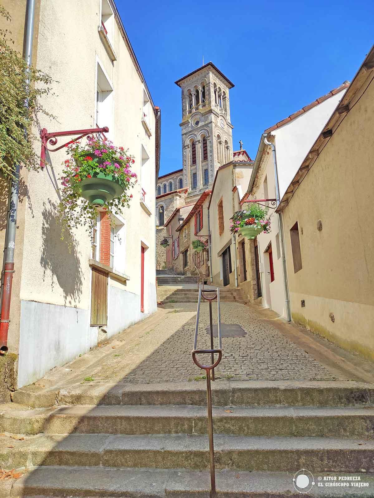 Calle Tire-Jarrets en el centro histórico de Clisson